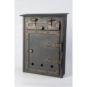 Letter box 4